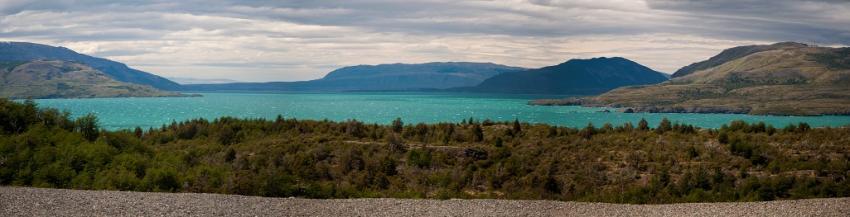 lago-toro-torres-del-paine.jpg